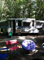 12 ft jayco with 3 way pop out
