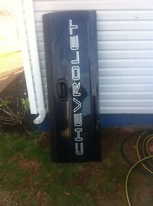 Tailboard to fit a Chev Silverad 2500 HD years 99-06