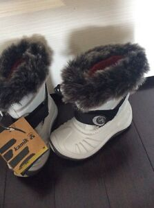 New with tags Kamik unisex toddler / kids winter boot