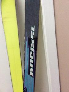 skis alpin et skis de fond, bottes,  ensemble complet, patins