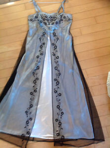 robe de bal Saguenay Saguenay-Lac-Saint-Jean image 1