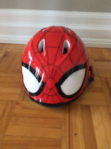 Casque de vélo Spiderman
