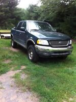2003 ford f150 4x4 super crew as is $1000