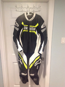 Alpinestars motegi race suit one piece  size 50/60