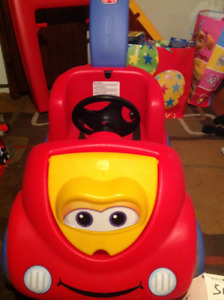 Little tykes red push car