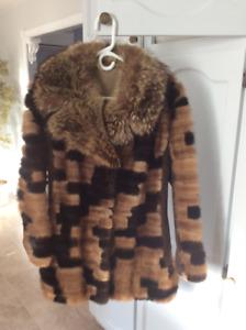 Manteau en vison naturel, chic, stylisé, moderne, gr. 10-12,