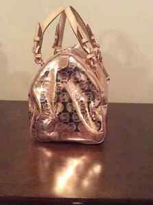 Designer handbag-Michael Kors for sale Moose Jaw Regina Area image 3