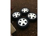 4 stood renualt wheels size 185/60r15