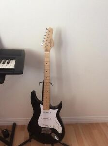 GUITAR ELECTRIC WITH AMPLIF ( BEHRINGER) GOOD CONDITION