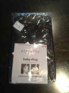 NEW PIPPALILY BABY SLING IN PACKAGING - BLACK