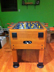 QUALITY FOOSBALL TABLE