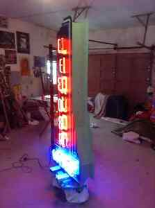 Liquor wine custom neon bar not porcelain sign