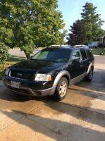 2006 Ford freestyle, runs and works great