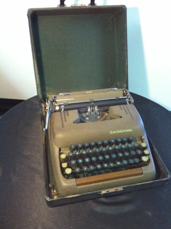 Vintage Smith & Corona Silent Typewriter with Case