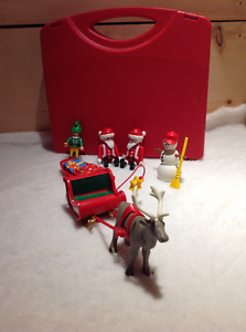 Playmobil Santa Play Set with Carrying Case *NEW PRICE*