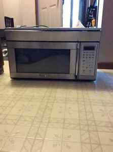 Free over the range microwave