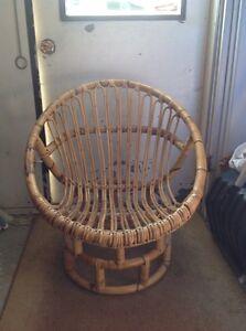 Small Retro bamboo lounge seat