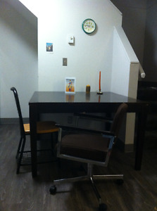 Free wooden kitchen table