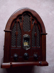 Vintage Replica of a 1932 GE Cathedral Style Radio