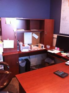 U-shaped desk and hutch