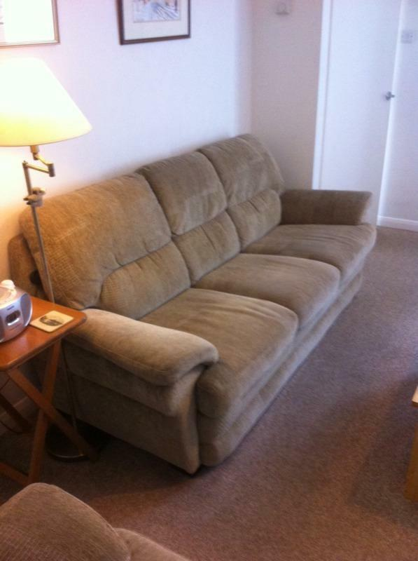 Green Fabric Sofas 3 & 2 Seaters | in Norwich, Norfolk | Gumtree