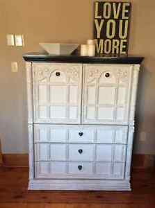 Shabby chic, custom vintage piece Kawartha Lakes Peterborough Area image 2