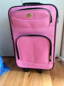 GIRLS SUITCASE