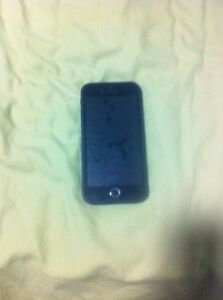 I am selling a iphone6 64gbs asking $460 it in good condition