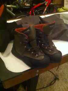 Simms fishing boots and waders. Freestone size 11 vibram bottoms