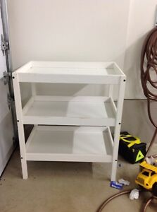 Table a langer / changing table