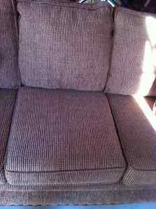Couch for sale Kawartha Lakes Peterborough Area image 2