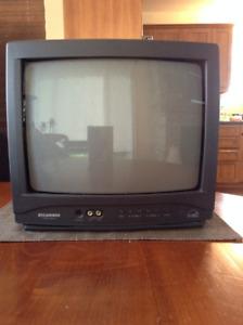 Télévision Sylvania de 15 po