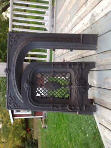 Black Vintage Cast Iron Fireplace Fender