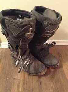 Fox mens size 9 mx boots