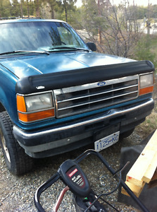1994 Ford Explorer / Parts truck