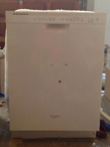 Whirlpool dishwasher in mint condition
