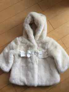 Gap cream fur coat size 0-6 mths