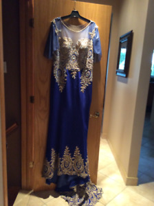 Mother of the Groom/Evening Gown long Royal Blue