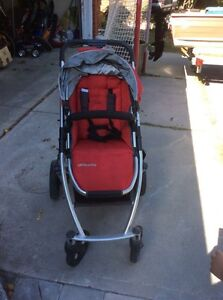 Uppababy Vista Stroller -mint condition; tons of accessories Peterborough Peterborough Area image 2