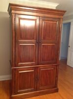 Hutch in Solid Wood