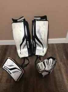 Excellent shape Bauer Prodigy Youth - 4 PC  Goalie Set