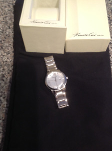 Kenneth Cole white gold watch Excellent condition