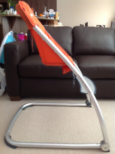 Space saving high chair by Baby Home (orange)