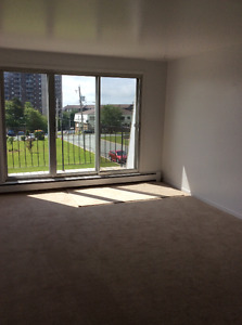Large 2 BR Apt. with Balcony in Clayton Park