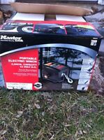 MasterLock Portable Winch Brand New
