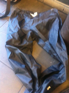 Mountain Equipment Coop MEC RAIN PANTS WOMENS MEDIUM MEC