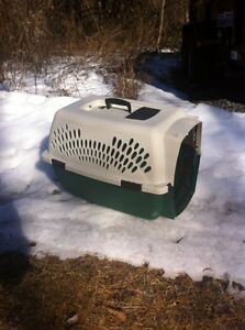 Animal crate for sale