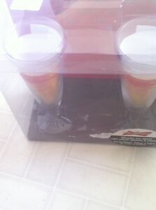 Budweiser bar stand with 2 glasses in each set $10 for all 3 Peterborough Peterborough Area image 4