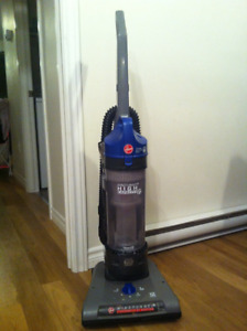 Hoover Windtunnel High Capacity Vacuum