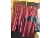 Brand new from Dubai suits 2 pieces dress & trousers size: XL/46 £25